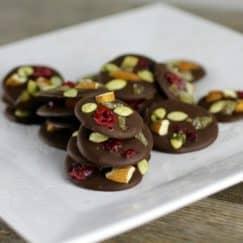 Dark Chocolate Trail Mix Bites || Grain-free, Gluten-free, Vegan || http://simplynourishedrecipes.com/dark-chocolate-trail-mix-bites/
