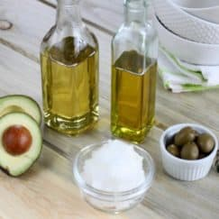 3 Must-Have Oils for Your Kitchen http://simplynourishedrecipes.com/3-must-have-oils-for-your-kitchen/