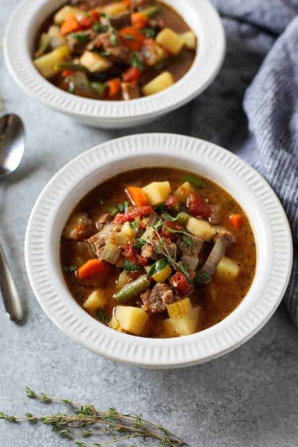 Warm-up with this hearty Slow Cooker Beef Stew | healthy slow cooker recipes | healthy slow cooker stews | whole30 slow cooker recipes | whole30 soups and stews | paleo slow cooker recipes | paleo soups | gluten-free slow cooker recipes | gluten-free soups | dairy-free slow cooker recipes | dairy-free soups || The Real Food Dietitians #whole30soups