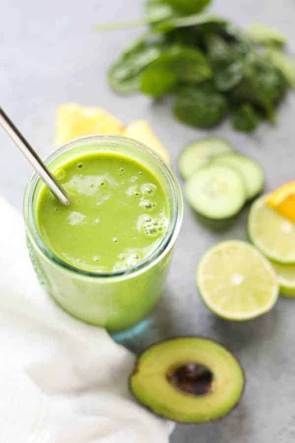 Margarita Green Smoothie with ingredients on a table