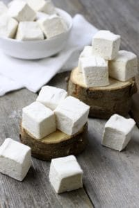 Homemade Marshmallows | Light, fluffy and made without corn syrup or eggs, these are the homemade marshmallows of your dreams | healthy marshmallow recipe | easy marshmallow recipes | no corn syrup marshmallows || The Real Food Dietitians #homemademarshmallows #cornsyrupfree #healthymarshmallows