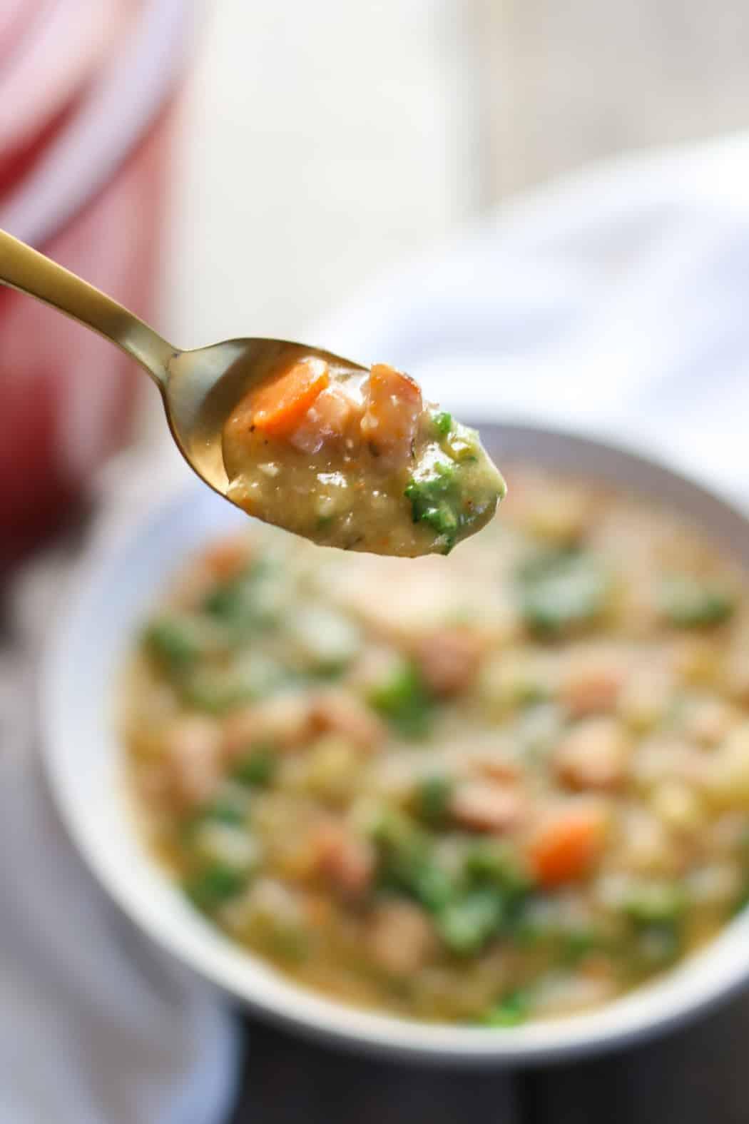 Creamy Ham and Potato Soup | Whole30 soup | Paleo soup recipe | Gluten-free soup recipe | dairy-free soup recipe | healthy soup recipe | whole30 recipes || The Real Food Dietitians #whole30soup #whole30 #glutenfreesoup #dairyfreesoup
