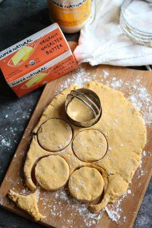 Gluten-free Sweet Potato Buttermilk Biscuits | egg free biscuit recipes | healthy biscuit recipes | recipes using sweet potatoes | sweet potato recipe ideas | healthy bread recipes | vegetarian biscuit recipes | homemade biscuit recipes || The Real Food Dietitians