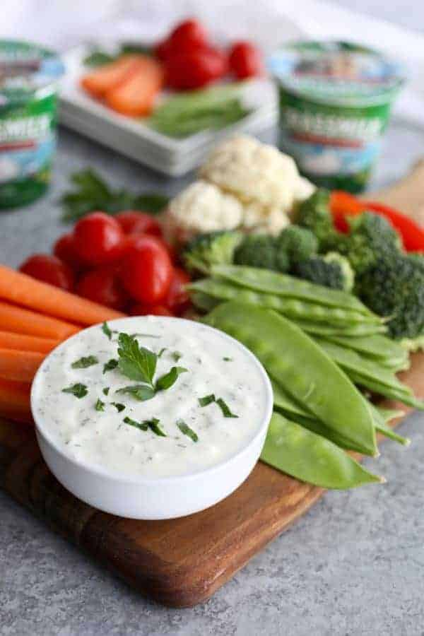 ranch yogurt dip with vegetables